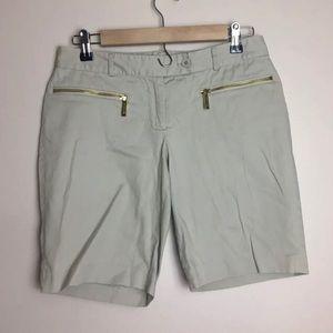Michael Kors Size 2 Cream Shorts